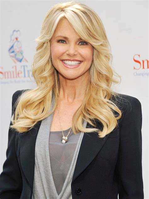 is 59 old christie brinkley is 59 years old pics