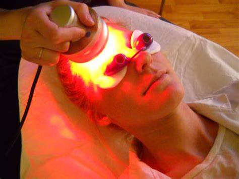 red led light therapy for eczema light therapy force biomedical
