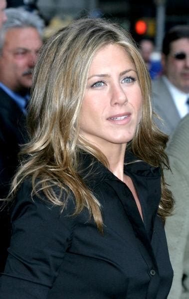 So What If Aniston Is Dating A Hunk by Aniston Dating Former And The City Hunk Jason