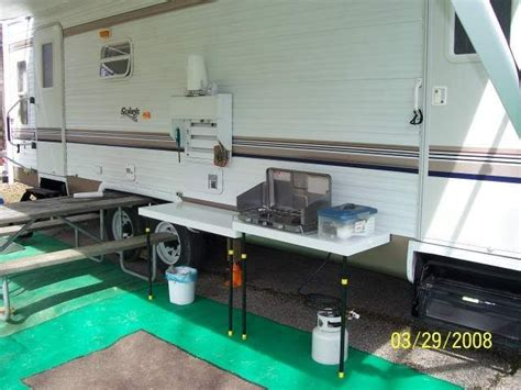 cer trailer kitchen ideas he built an outdoor kitchen that mounts to the side of the
