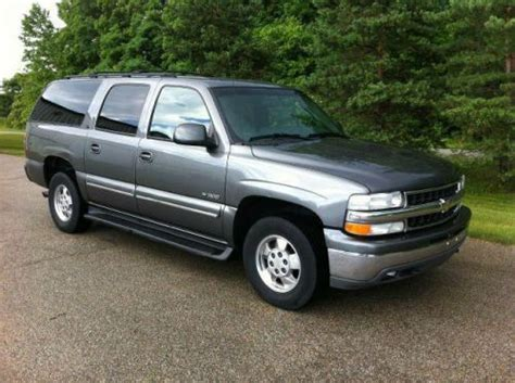 sell used 2000 chevrolet suburban 1500 lt in 16855 southpark dr westfield indiana united