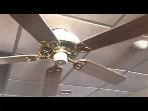 Builders Best Ceiling Fan by Harbor Builders Best Ceiling Fans At A Restaurant