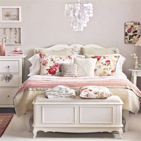 soft pink bedroom ideas pink and white bedroom room ideas pinterest hot