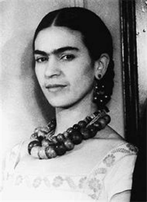 frida kahlo biography en ingles y español biography in context topic