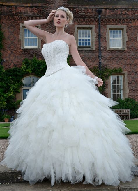 Bridal Gowns For Sale by Wedding Gowns For Sale Discount Wedding Dresses