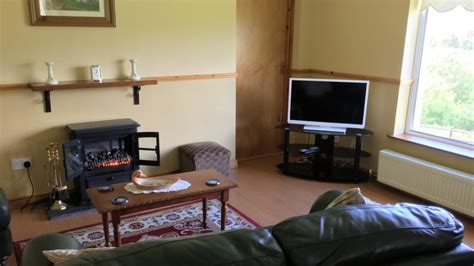 living room with flat screen tv seireannes killybegs donegal accommodation