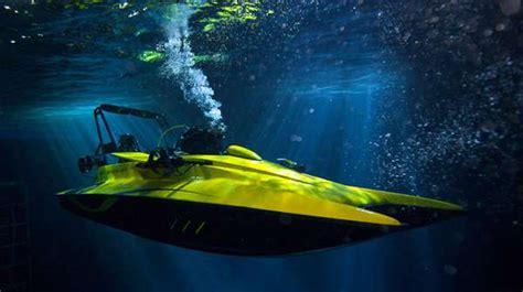 boat transom underwater james bond transformer boats the scubacraft transforms