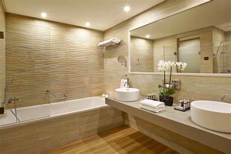 On Suite Bathroom Ideas Modern Shower Bath Luxury Bathroom Suites Bathroom Ideas Viendoraglass
