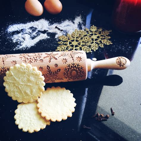 christmas pattern rolling pin snowflakes rolling pin embossing rolling pin by