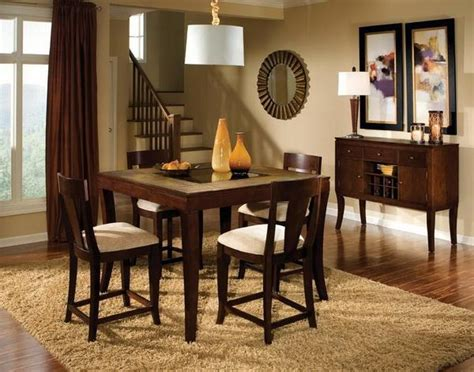 wooden dining room table in simple decoration stroovi