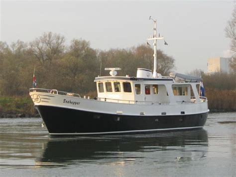 Dhr Trawler L by 1000 Images About Trawlers Motorsailers On