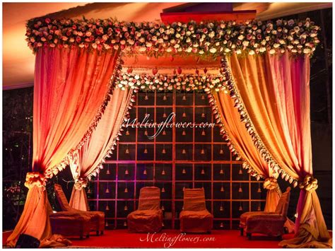 Try Out These New Trends Of Wedding Decorations In