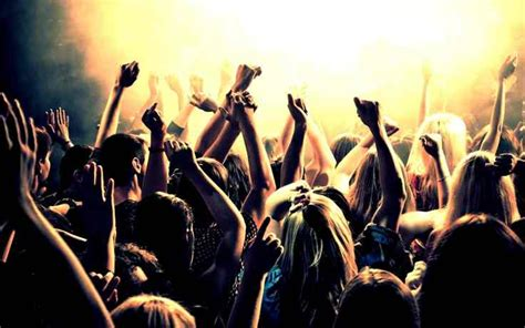 best music for a house party throw a house party in style sell house fast