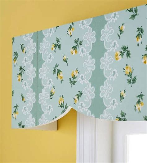 Paper Cornice 1000 Images About Wooden Valance Ideas On