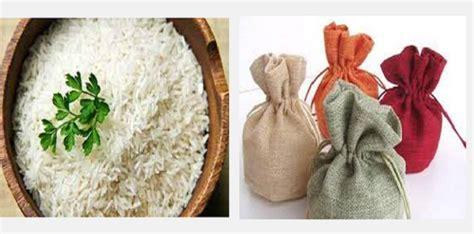 il riso assorbe l umidit 224 togliamo cos 236 l odore di muffa