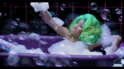 I Am Legend Bathtub Nicki Minaj I Am Your Leader Feat Camron Amp Rick