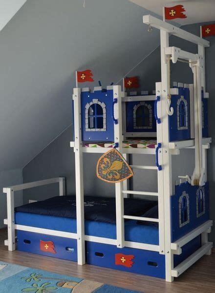 kinderzimmer dachschrage hochbett hochbett bei dachschr 228 ge maila kinderzimmer