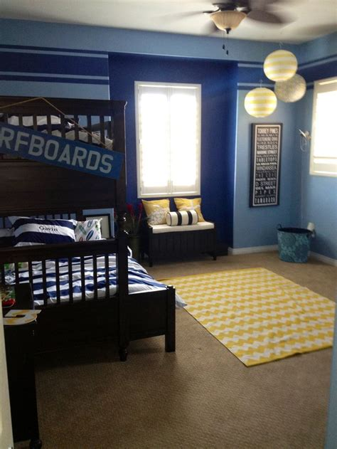 room surf 25 best ideas about boys surf room on surf room surf bedroom and surf decor