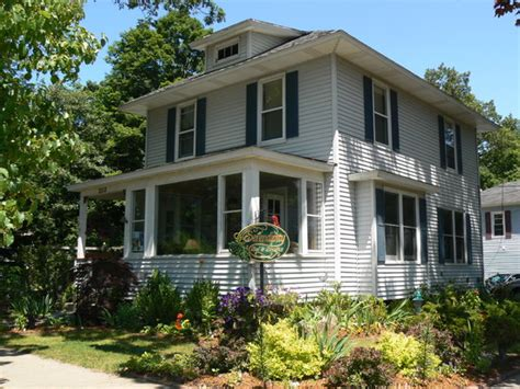 bed and breakfast saugatuck mi serendipity bed breakfast suites