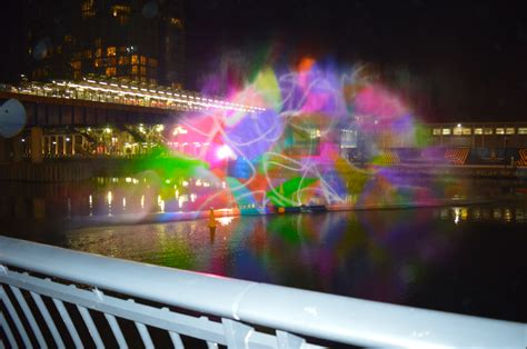 canary wharf winter lights festival what s hot london
