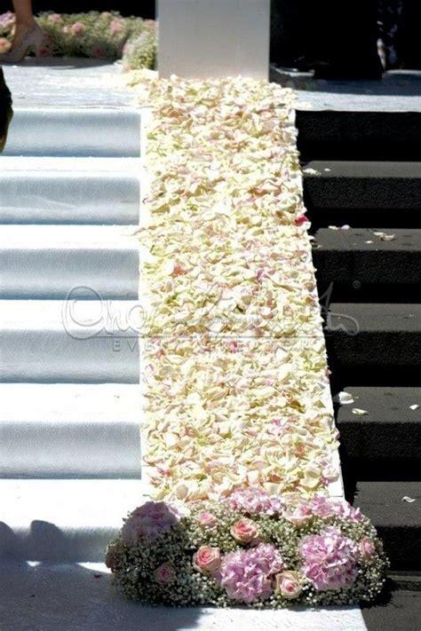 tappeto di fiori tappeto di fiori wedding flowers wedding