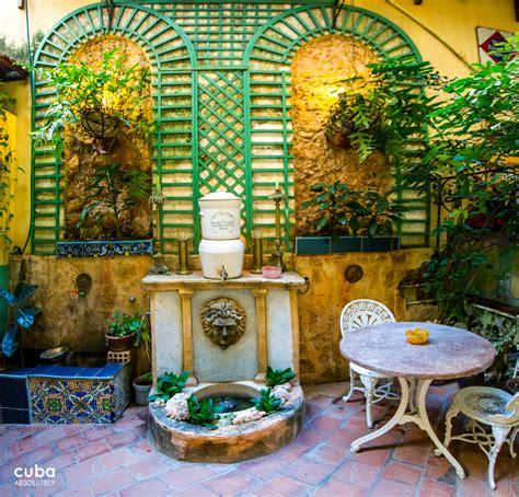 Home Theatre Decor Ideas Bed Amp Breakfast Cuban Style Havana City Guide