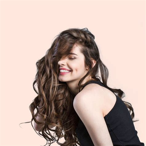 Catok Dan Pengeriting Rambut 5 inspirasi gaya rambut keriting dan alat catok yang tepat