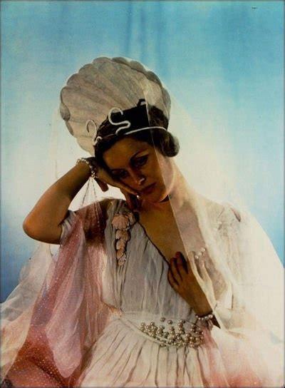love themes in greek mythology 27 best images about greek mythology on pinterest iris