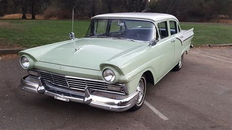 Ford Fairlane by 1957 Ford Fairlane She S Southern Cross Us
