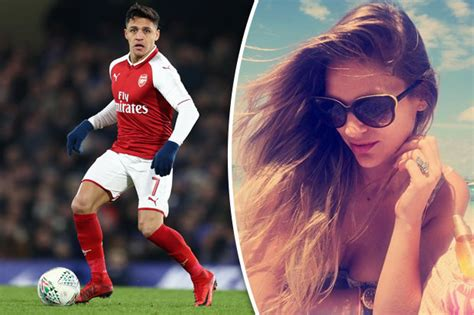 alexis sanchez relationship man utd news alexis sanchez s girlfriend in cryptic