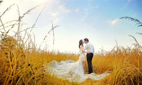 Wedding Outdoor Photos by Pre Wedding Photoshoot Ideas Indoor And Outdoor