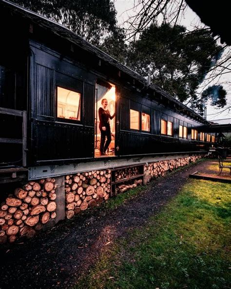 carrozza ferroviaria carrozza ferroviaria vintage convertita in cabina ispirata