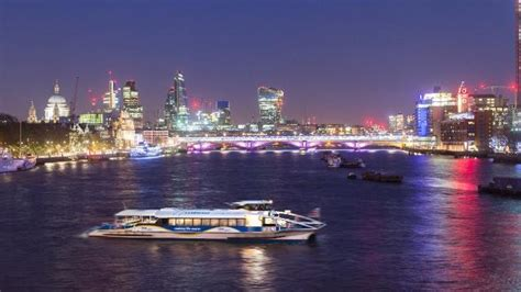 thames clipper with travelcard mbna thames clippers river tour visitlondon com