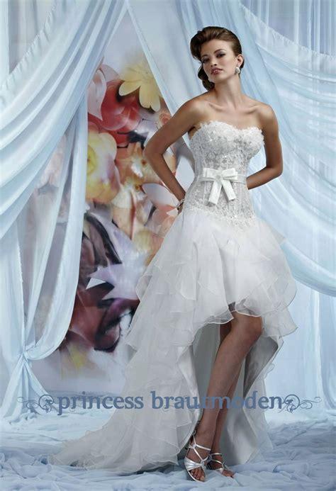 Brautkleid Vorne Kurz Hinten Lang brautkleid vorne kurz hinten lang mit schleppe modell yves