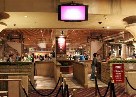 Luxor Buffet Hotel Buffets In Las Vegas