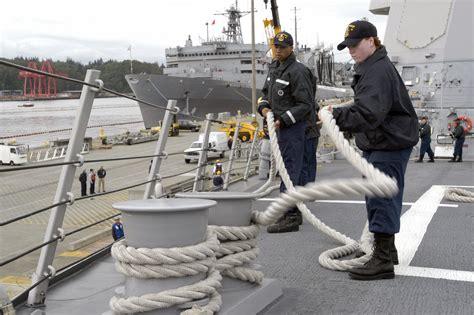 boatswain mate unrep file us navy 040513 n 6477m 004 boatswain s mate 3rd class