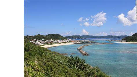worlds 100 best beaches cnn world s 100 best beaches cnn com 女子が恋する 阿嘉島 の魅力とは