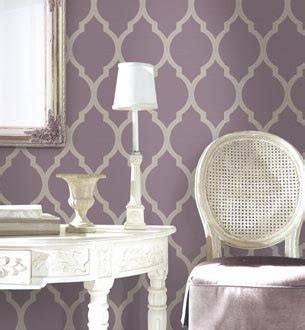 purple wallpaper for bedroom walls best 25 purple wallpaper ideas on pinterest purple wallpaper phone flower iphone