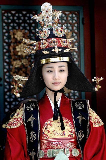 film drama korea queen dong yi queen inhyeon queen inhyeon park ha sun 박하선