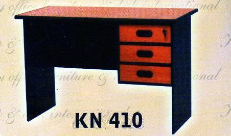 Meja Kantor Toa Bukan Lunar Panel Uno Meja Komputer Meja Laptop kony meja kantor berikut laci type kn 410 kony