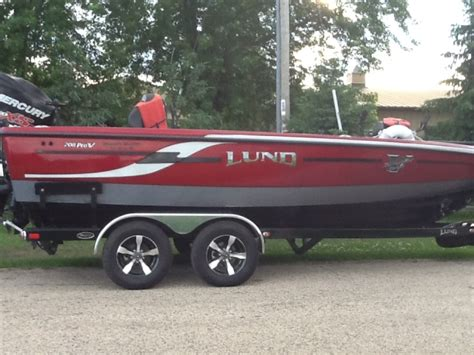 lund fiberglass boats for sale used walleye boats for sale classified ads