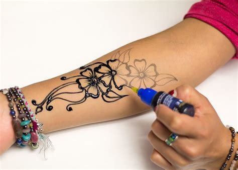 temporary henna tattoo pen henna designs the and easy way with stencils