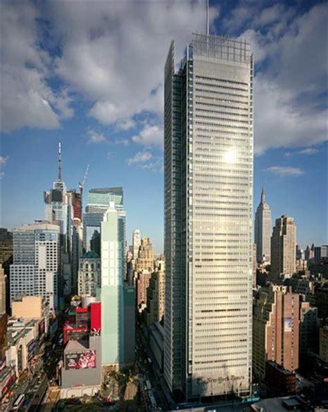 sede new york times giornali in crisi il nyt ipoteca il grattacielo di renzo
