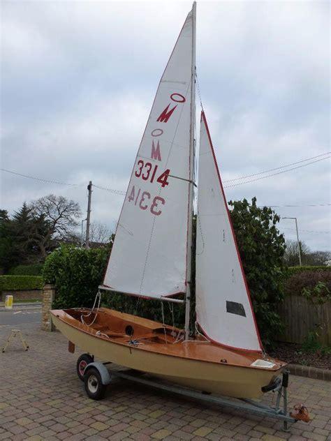 sailing boat gumtree miracle sailing dinghy in watford hertfordshire gumtree