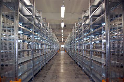 produzione scaffali metallici produzione scaffalature metalliche marchetto