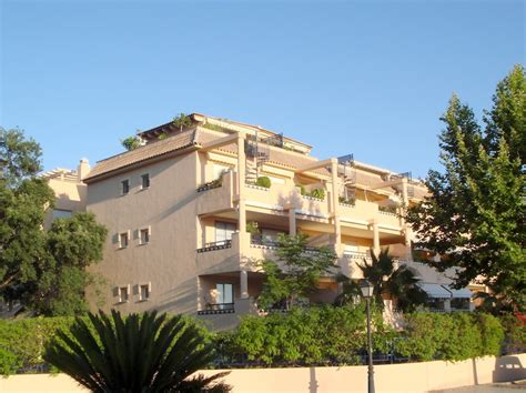 Appartments To Rent In Spain by Apartment For Rent In Elviria Term Rental Solutions