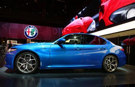 Alfa Romeo Veloce by 2017 Alfa Romeo Giulia Veloce Picture 690686 Car