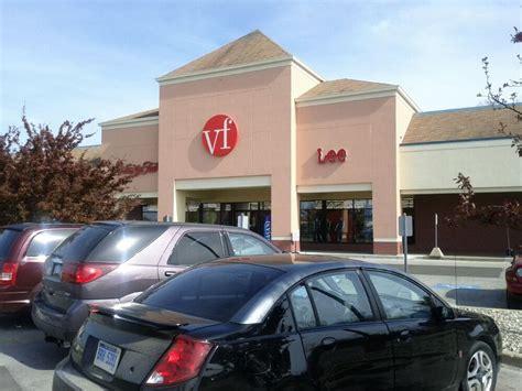 Vanity Fair Stores by Vanity Fair Outlet Stores 8960 Market Pl Dr Birch Run Mi Yelp
