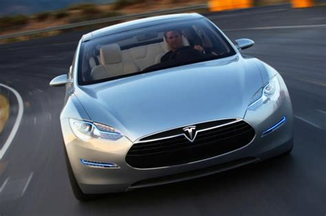 All About Tesla Motors Tesla Motors Continues With Its Hyperaggressive Spending