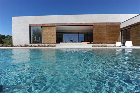 Plan Maison Contemporaine Avec Piscine by Ventes A Vendre Au Coeur Du Luberon Maison Contemporaine